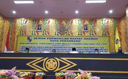 Ikuti Protokol Kesehatan, DPRD Kota Pekanbaru Gelar Paripurna, Ini Pembahasannya