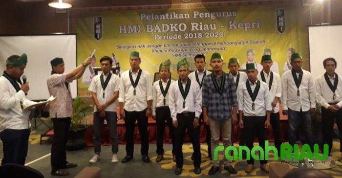 Pengurus HMI Badko Riau-Kepri Periode 2018-2020 Resmi Dilantik