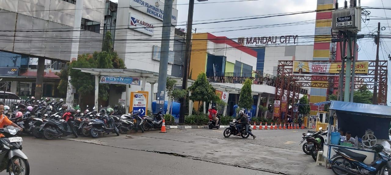 Mall Mancy Duri Diduga ada Maling, Kapolsek Mandau, Kompol Arvin Himbau Waspada