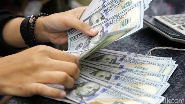 Dolar AS Menguat, Rupiah Digencet Rp 13.945