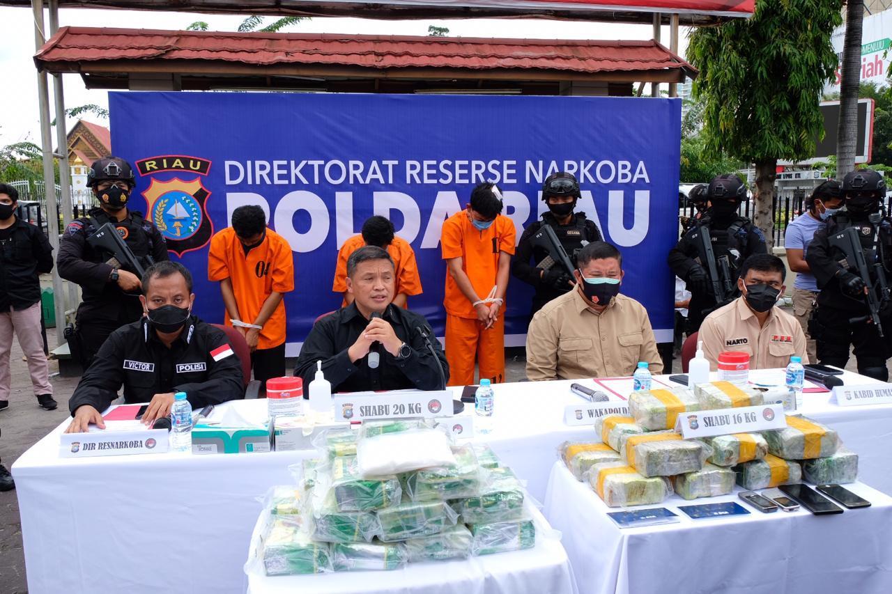 Polda Riau Berantas Narkoba, 36 Kg Sabu Berhasil Diungkap, 5 Tersangka Diringkus