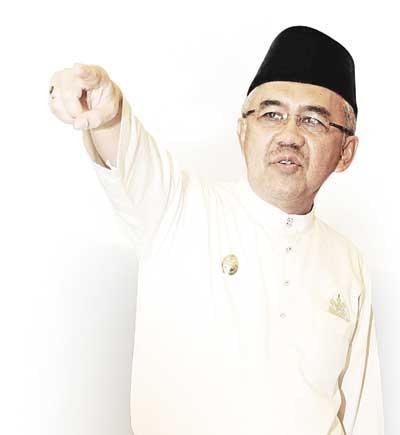Paripurna DPRD Riau Resmi Angkat Andi jadi Gubernur Definitif