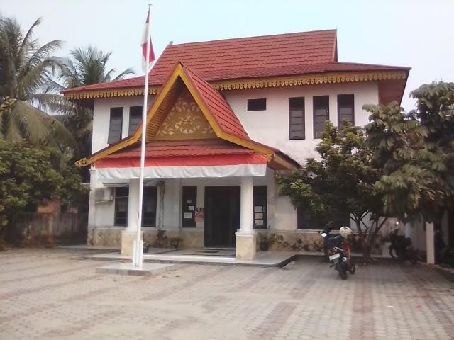 Oknum Staff Kelurahan Mentangor Diduga Lakukan Pungli, Seklur Membantah