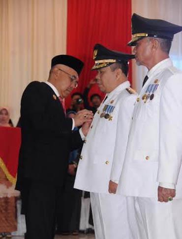 Irwan-Said Hasyim Resmi Pimpin Meranti Periode 2016-2021