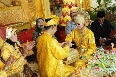 Hhmm Ternyata Tradisi Budaya Melayu Banyak Macam Nya Diantaranya