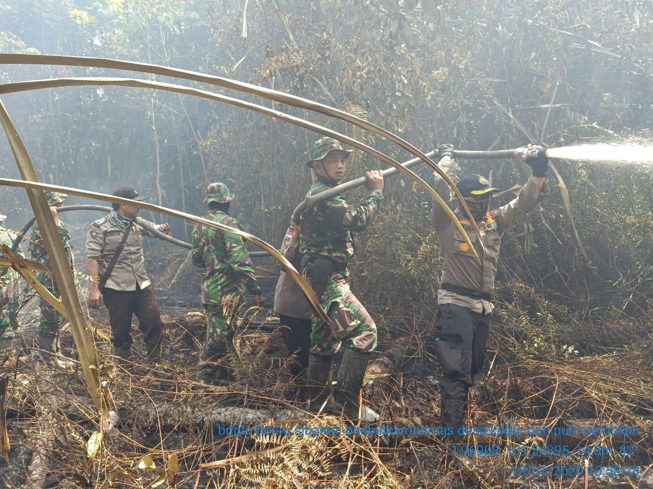 AKBP Sigit Kapolres Bengkalis, Padamkan Api 10 Hektar di Pulau Rupat