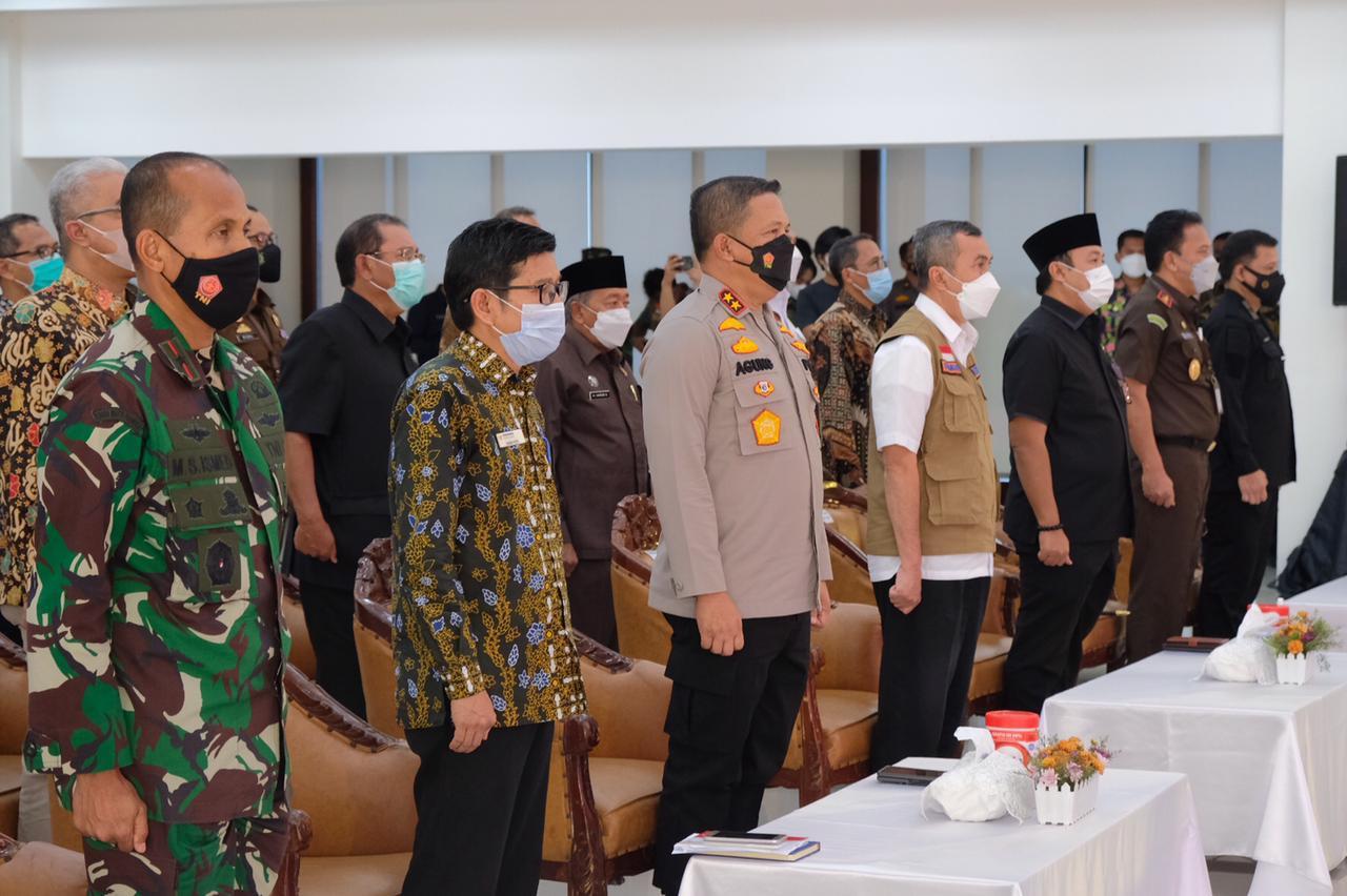 Menuju WBK dan WBBM, Kapolda Riau Canangkan Pembangunan Zona Integritas 17 Satker Polda
