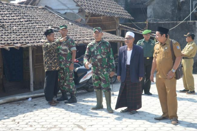 Tim Terpadu Jumat Barokah Polresta Pekanbaru Serta Polsek Jajaran Laksanakan Kegiatan Sosial