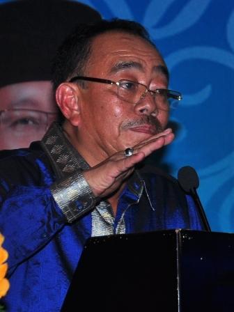 Polda Riau Periksa Tersangka Bansos Herliyan Saleh Usai Sidang MK