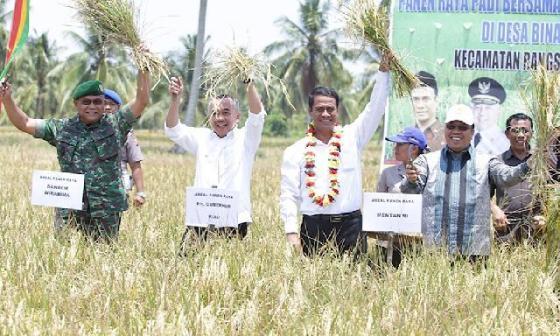 Peran Serta Pemprov Riau Dalam Penguatan Pembangunan Pertanian dan Perkebunan