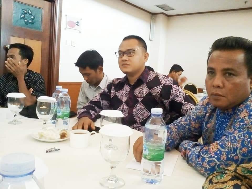 Tidak bisa menyalahkan Gubernur Riau, harus ada pekerja teknis yang dikritik