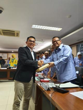 Edwin Titipkan Aspirasi Nelayan Riau Kepada Menteri Edhy