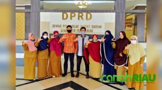 Tak Tanggung-Tanggung Usai Terima SK PD Forum TBM Pelalawan Sambangi Empat Dewan Penasehat Sekaligus