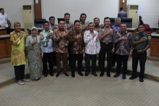 Gubernur Curhat ke Komite II DPD RI