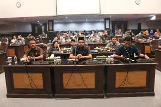 Dipimpin Ketua Sementara, Pimpinan Defenitif, dan Fraksi DPRD Pekanbaru 2019-2024 Terbentuk