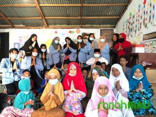 Mahasiswa KKN UNRI ajarkan anak TPA Baitul Quran cuci tangan