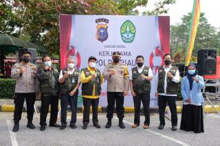 Gandeng Unri Vaksinasi Massal, Polda Riau Dorong Percepatan Herd Immunity Kampus