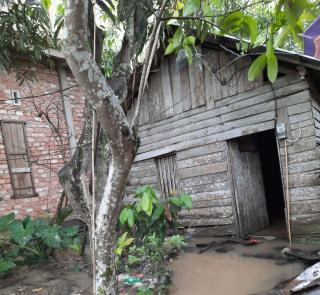 Kondisi Rumah Nenek Samnah Memprihatinkan, Bantuan Tak Kunjung Datang
