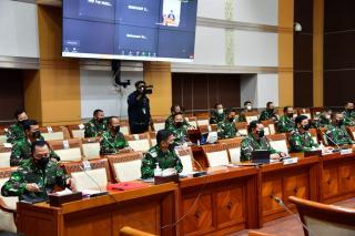Rapat Dengar Pendapat Kasal dengan DPR RI
