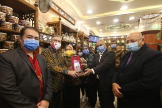 Dubes Cairo Resmikan Kedai Kopi Knoz El Bon di Alexandria