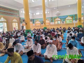 Cegah Covid 19, Sholat Idul Fitri di Masjid Al-Mubaraq Desa Senggoro Mengutamakan Prokes