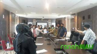 Demo di DPRD Kepulauan Meranti, massa bantah Hoax