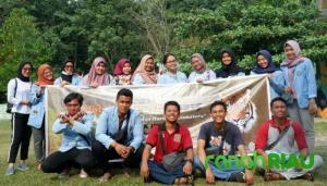 Ajarkan para pelajar untuk menjaga lingkungan