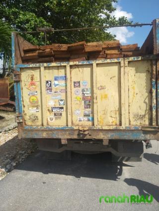 Dua Orang Pelaku Ilegal Logging dan Mobil Truk di Tangkap Satreskrim Polres Bengkalis
