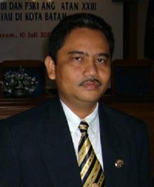Gubernur Pergi Umroh, Plt Langsung di jabat Wagubri