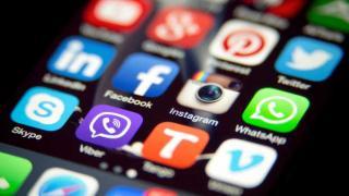Facebook dan WhatsApp mengalami Gangguan, 10,6 juta Laporan diterima