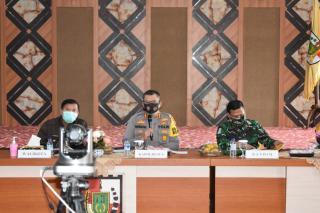 Kapolresta hadiri Rapat Anev Pembatasan sosial Berskala Mikro