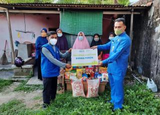 Rumah Yatim Kembali Berikan Bantuan untuk Ibu Sri Suryani