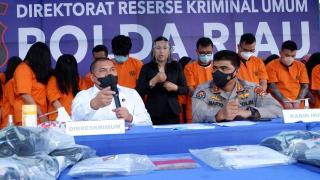 Polda Riau Gulung Praktek Judi Online, Tersangka 59 Orang Diciduk