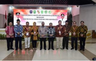Orientasi Anggota DPRD Kabupaten/Kota se-Provinsi Riau Gelombang I di Pekanbaru