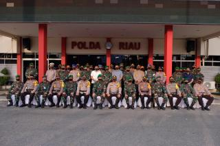 Kunjungan kerja Pangdam Bukit Barisan ke Mapolda Riau