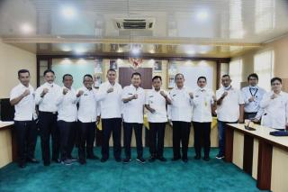 Jalin Kerjasama kembangkan Potensi Perkebunan Wilayah Pesisir, Wabup H. Asmar kunjungi Inhil