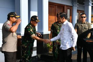 Bertolak ke Jawa Barat, Presiden Jokowi akan resmikan Terowongan Nanjung hingga serahkan bantuan PKH