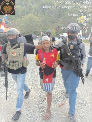 Tangkap Salah Seorang Kelompok Gigen Telenggeng, Satgas Nemangkawi Sita 3 Pucuk Senpi