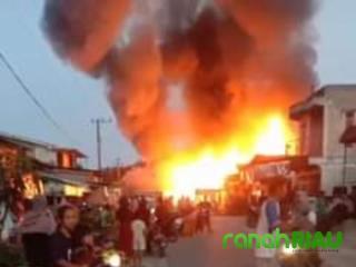 Empat Unit Rumah Ludes Terbakar, Kerugian Mencapai Ratusan Juta Rupiah