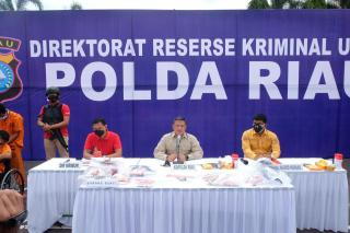 Polda Riau Berhasil Ungkap Kasus Curas Terhadap Korban M. Al Hadar
